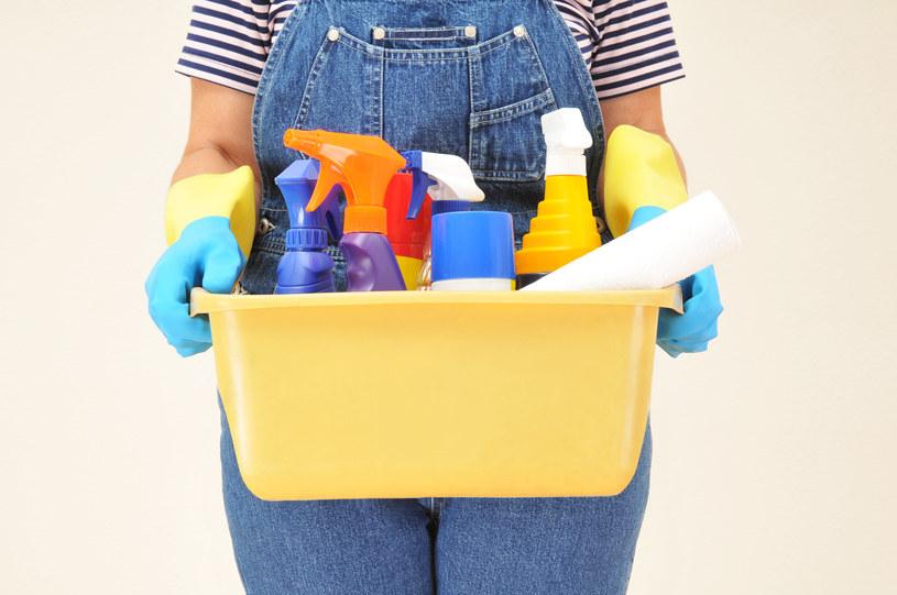 Detergenty wpływają na funkcjonowanie płuc /© Glowimages
