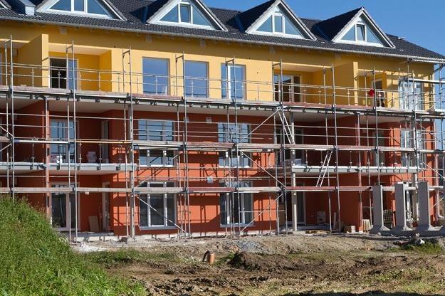 Deweloperzy dostali duży prezent od rządu, czy jednak odwdzięczą się tańszymi mieszkaniami? /©123RF/PICSEL