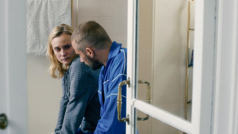 """Diane Kruger i Matthias Schoenaerts w scenie z filmu """"Cień"""" /materiały prasowe"""