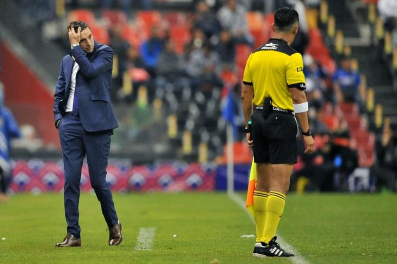 Diego Alonso (z lewej) /AFP