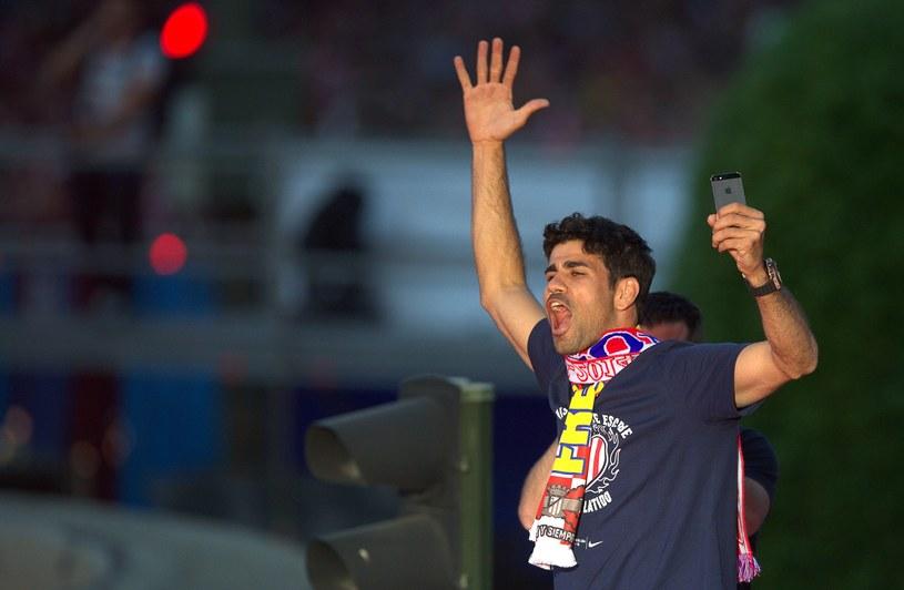 Diego Costa podczas fety po zdobyciu mistrzostwa Hiszpanii /AFP