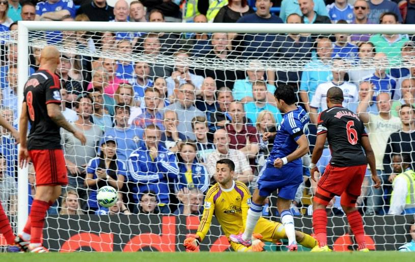 Diego Costa strzela gola dla Chelsea /AFP