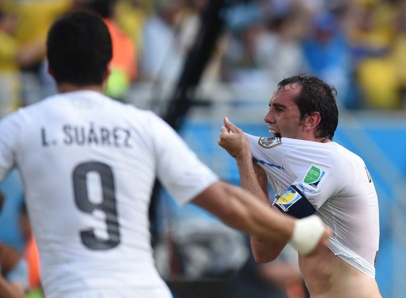 Diego Godin świętuje zdobycie zwycięskiej bramki /AFP