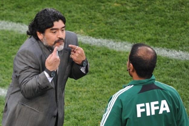 Diego Maradona atakuje sędziów pracujących na mundialu w RPA /AFP
