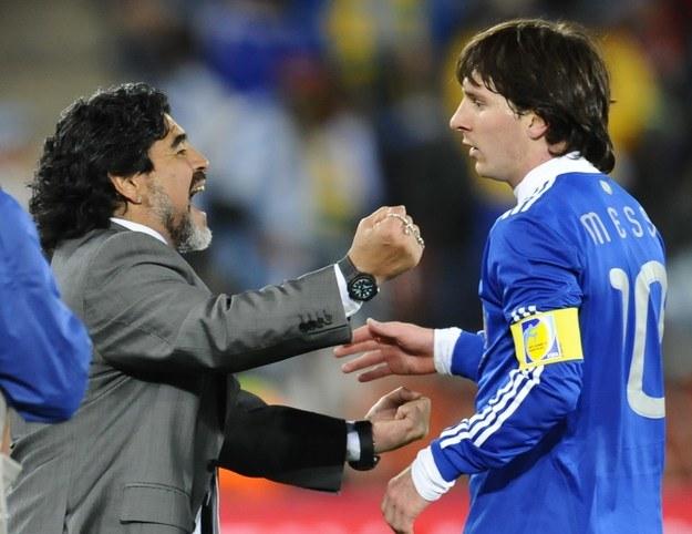 Diego Maradona i Lionel Messi - dwaj fenomenalni piłkarze /AFP