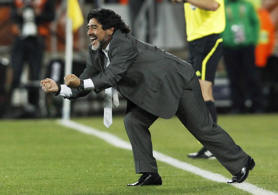 Diego Maradona w 2010 roku /JONATHAN BRADY /PAP/EPA
