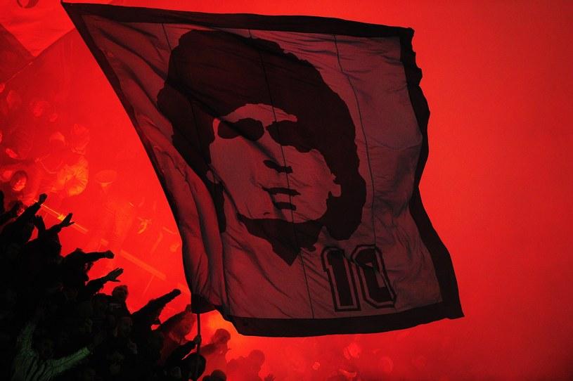 Diego Maradona wciąż cieszy się wielkim uznaniem fanów /AFP