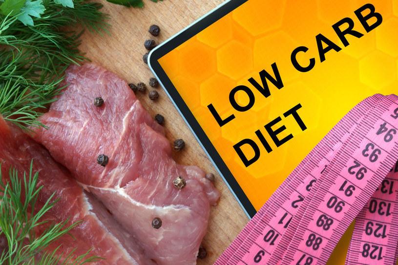 Dieta Atkinsa to jedna z diet niskowęglowodanowych /©123RF/PICSEL