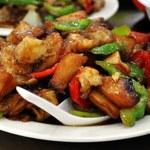 Dieta bezglutenowa: Kurczak w jarzynach wiosennych