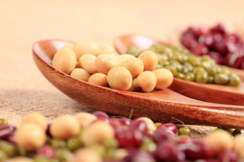 Dieta bogata w warzywa, orzechy i soję jest kluczem do zdrowia /123RF/PICSEL