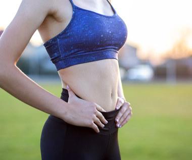 Dieta na płaski brzuch: Co jeść, aby go efektywnie wyszczuplić