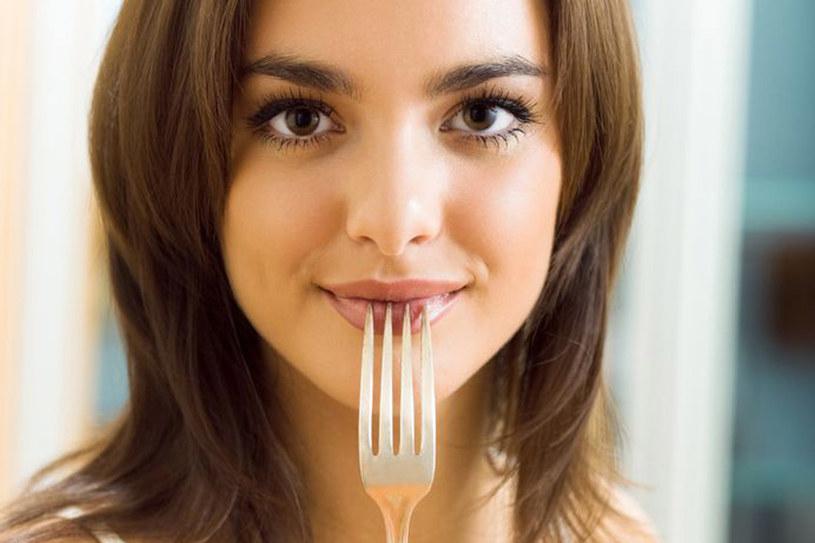Dieta oczyszczająca może trwać maksymalnie dobę. W przeciwnym wypadku możemy sobie tylko zaszkodzić, np. spowolnić metabolizm /123RF/PICSEL