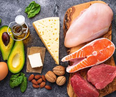 Dieta przy łuszczycy - co jeść, by złagodzić przebieg choroby?