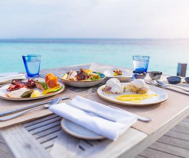 Dieta śródziemnomorska: Jadłospis, zasady, kto może ją stosować?