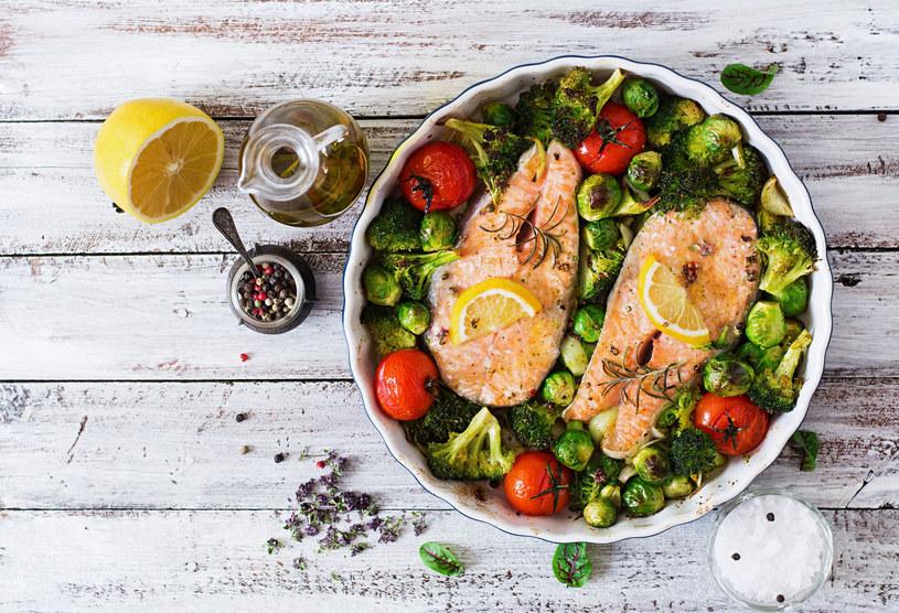 Dieta śródziemnomorska nie tylko gwarantuje zdrowie, ale również przyczynia się do zachowania młodzieńczego wigoru /123RF/PICSEL