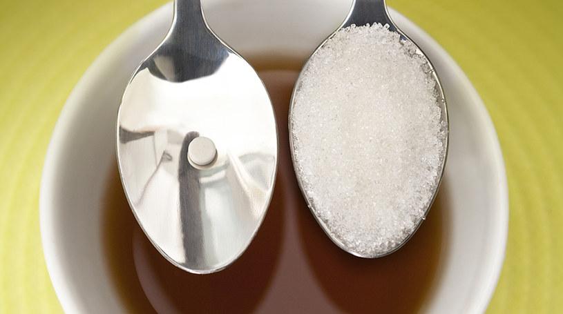 Dietetyczna cola słodzona aspartamem /© Photogenica