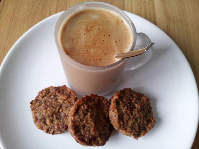 Dietetyczne ciasteczka owsiane bez mąki i cukru /BeMam