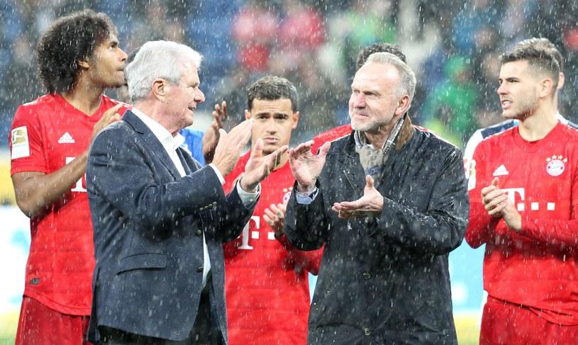 Dietmar Hopp (z lewej) i Karl-Heinz Rummenigge podczas pamiętnego meczu TSG 1899 Hoffenheim - Bayern Monachium /AFP