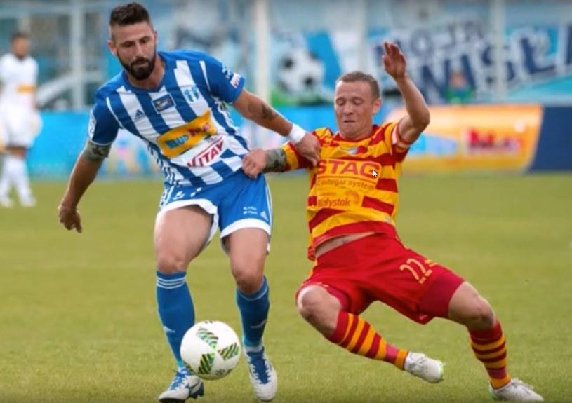 Dimityr Iliew (z lewej) w meczu z Jagiellonią Białystok /