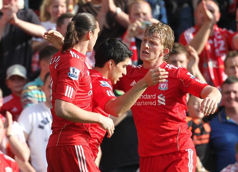 Dirk Kuyt (z prawej) strzelił gola dla Liverpoolu w podejrzewanym o ustawienie meczu. /AFP