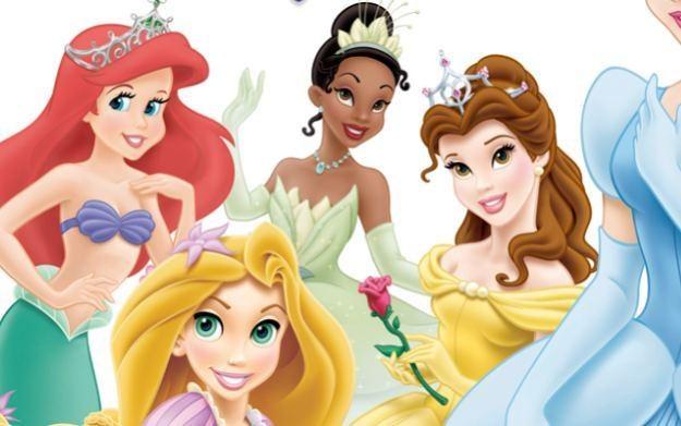 Disney Księżniczki: Moja bajkowa przygoda - motyw graficzny /Informacja prasowa
