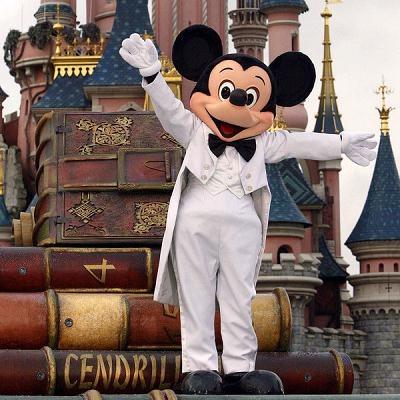 Disneyland Resort Paris poszukuje w Polsce około 450 pracowników /AFP