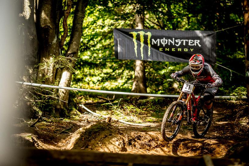 Diverse Downhill Contest /