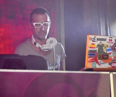 """DJ Adamus i Paulla na planie teledysku """"Nigdy o tobie nie zapomnę"""""""