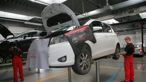 Dla kierowcy liczy się nie tylko awaryjność samochodu. Ważne są też koszty napraw. /Motor
