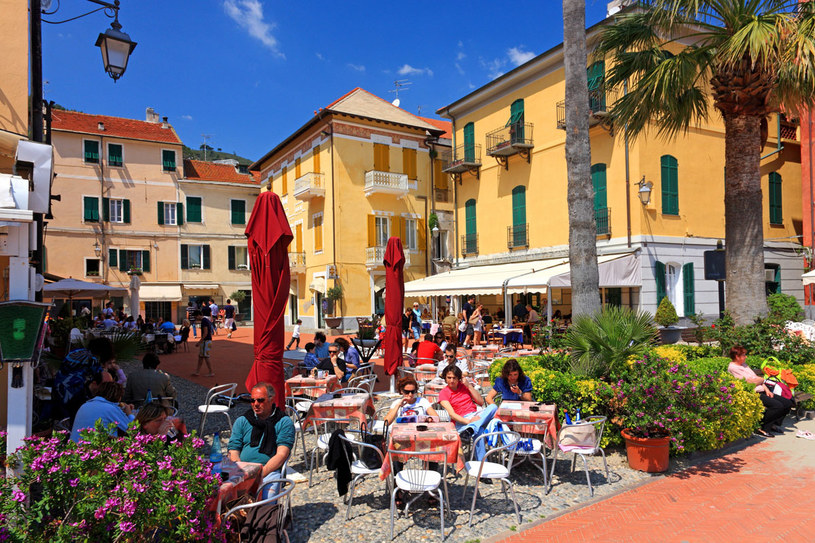 Dla mieszkańców Ligurii nie ma lepszego miejsca na biesiadowanie przy lanczu, jak tradycyjne restauracje /Agencja FORUM