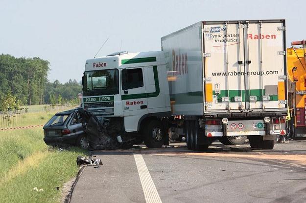 Dla ministerstwa sprawa jest jasna: winni są kierowcy /PAP