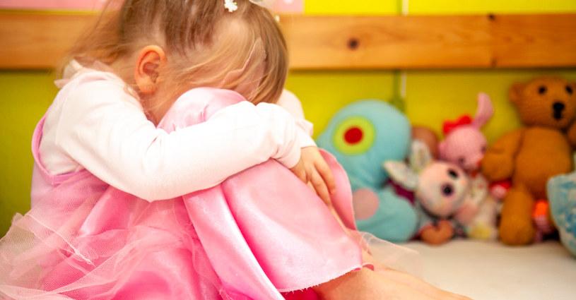 Dla narcystycznej matki dziecko nigdy nie jest priorytetem /123RF/PICSEL