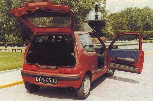 Dla osób, które często wożą 2 czy 3 pasażerów największym mankamentem Seicento jest brak 5-drzwiowej wersji nadwozia. /Motor