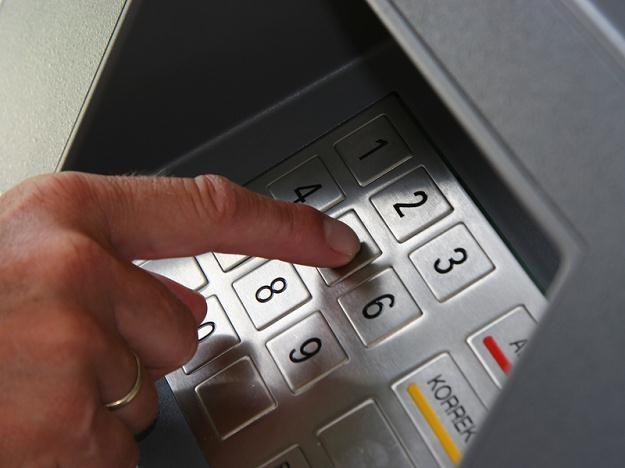 Dla polskich konsumentów i banków istotne jest, by liczba bankomatów z roku na rok była większa /© Panthermedia