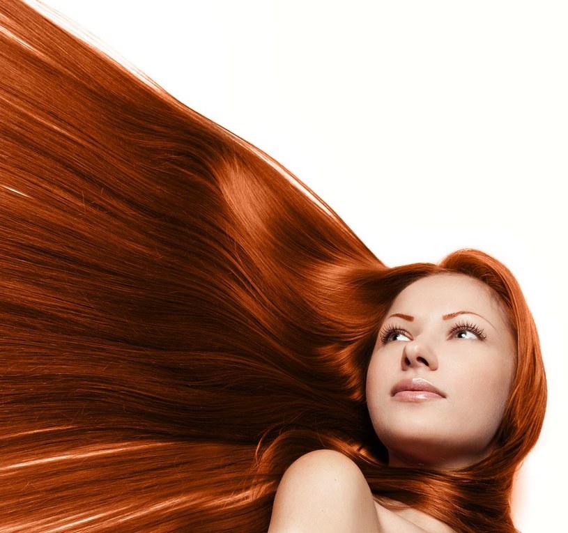 Dla wielu mężczyzn wyznacznikiem piękna są idealne włosy /123RF/PICSEL