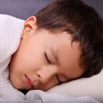 Dlaczego dziecko gorzej sypia?