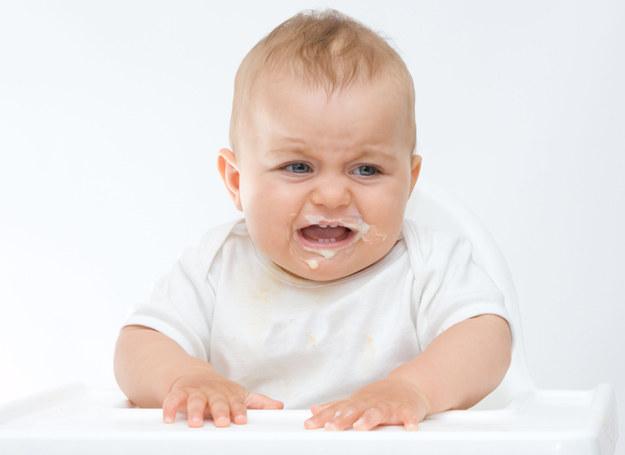 Dlaczego dziecko nie chce jeść /123RF/PICSEL