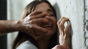 Dlaczego kobiety tkwią w przemocowym związku: Siedem przyczyn