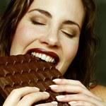 Dlaczego kobiety uwielbiają czekoladę?
