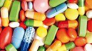 Dlaczego leki mają różne kolory?