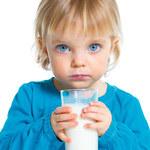 Dlaczego maluchowi potrzebne jest mleko?