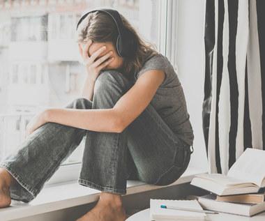 Dlaczego młodzież popełnia samobójstwa?