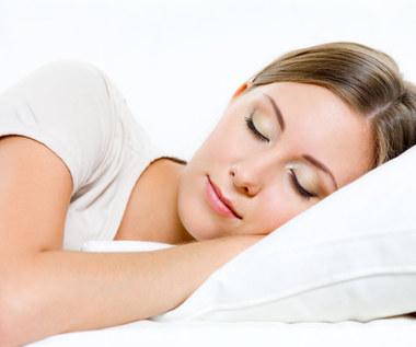 Dlaczego należy spać na lewym boku?
