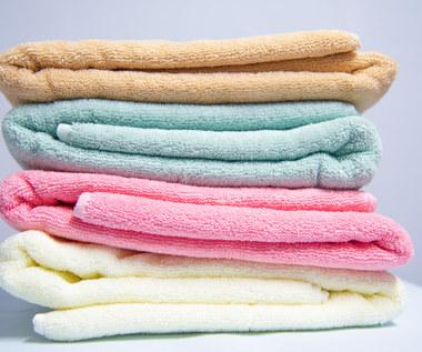 Dlaczego nie można trzymać ręczników w łazience?