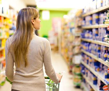 Dlaczego nie należy kupować soku w kartonie?