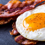 Dlaczego nie warto rezygnować ze śniadania?