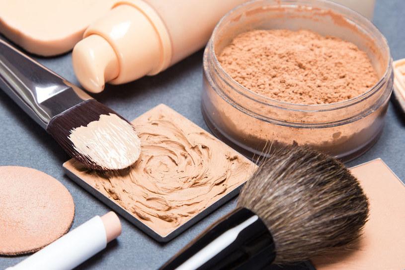 Dlaczego niektórych kosmetyków lepiej nie pożyczać? /©123RF/PICSEL