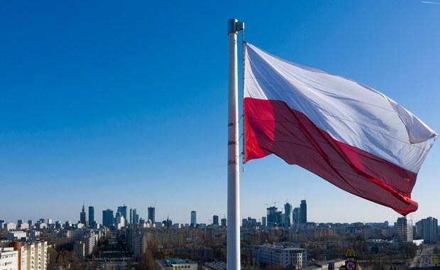 Dlaczego polska flaga jest biało-czerwona? Krótka historia