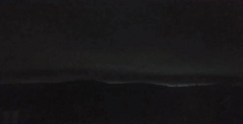Dlaczego słońce nie pojawiło się na niebie? Pożary lasów na Syberii to na razie jedyna hipoteza /YouTube