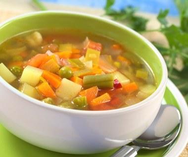 Dlaczego warto jeść zupę na śniadanie?